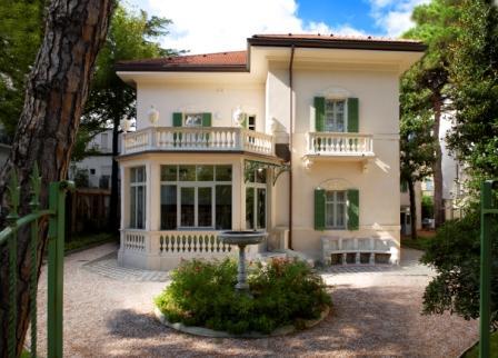 Villa Franceschi aperta per il ponte del 25 aprile e 1 maggio